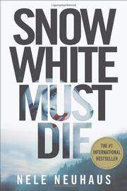 Book Cover for SNOW WHITE MUST DIE