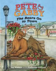 Book Cover for THE BEARS GO TO TOWN