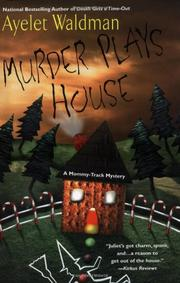 Cover art for MURDER PLAYS HOUSE