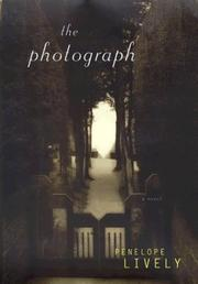 Cover art for THE PHOTOGRAPH