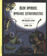 Book Cover for ALIEN INVADERS/INVASORES EXTRATERRESTRES