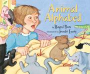 ANIMAL ALPHABED by Margriet Ruurs