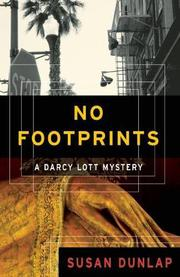 NO FOOTPRINTS by Susan Dunlap
